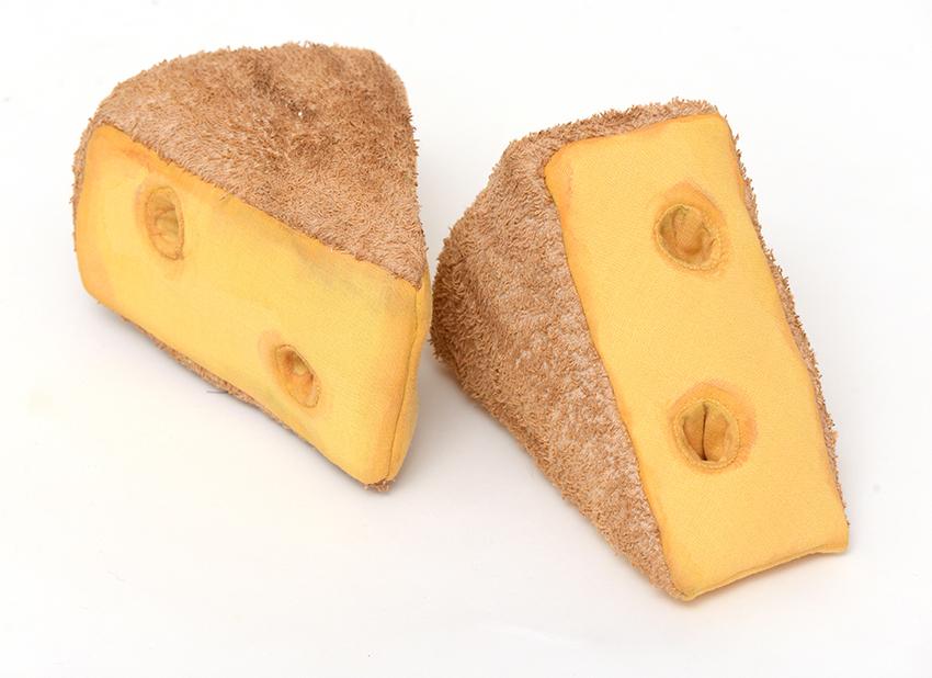 Genähter römischer Käse, Ausstellung