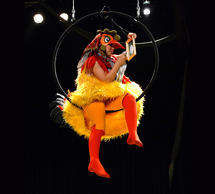 Hühnerkostüm, Zirkusproduktion