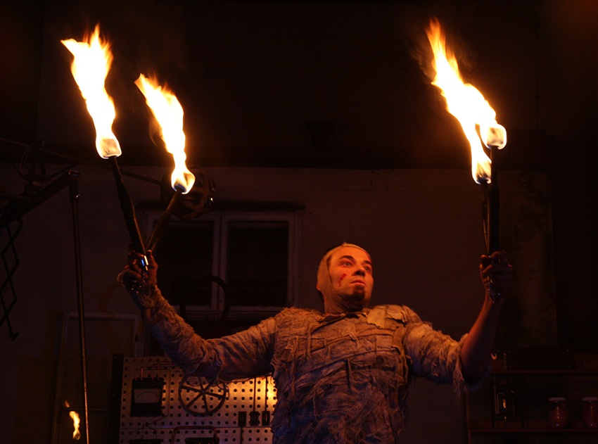 Die Pyromantiker, Produktion: Frankenstein, Foto: Mark Probst